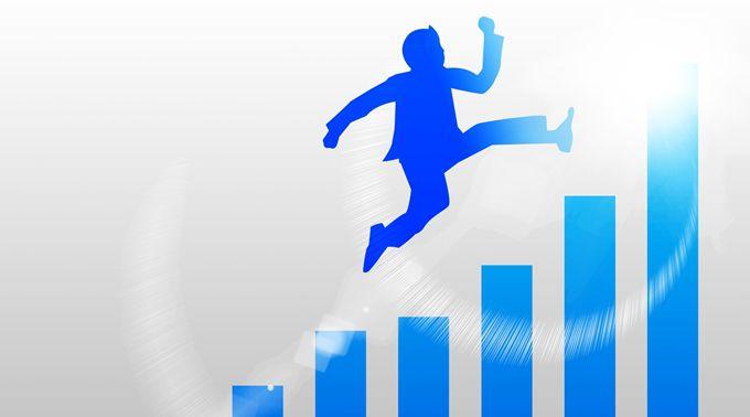 棒グラフの上をジャンプする青い人型