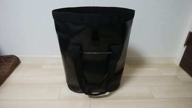 ZAT無縫製防水トートバッグの持ち手を下ろして口が開いた状態